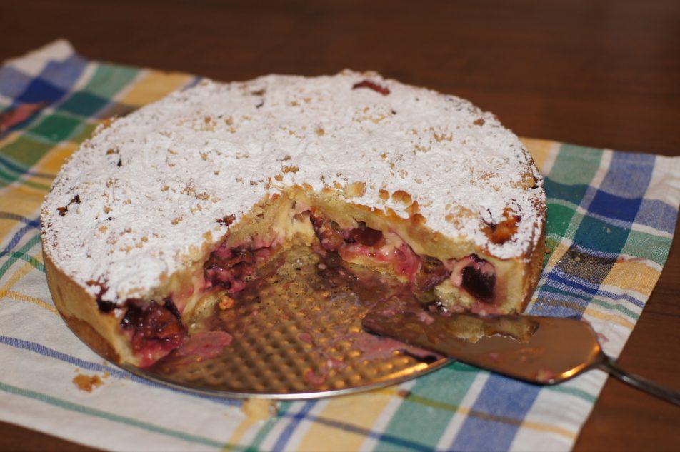 Ciasto zmasą budyniową iśliwkami