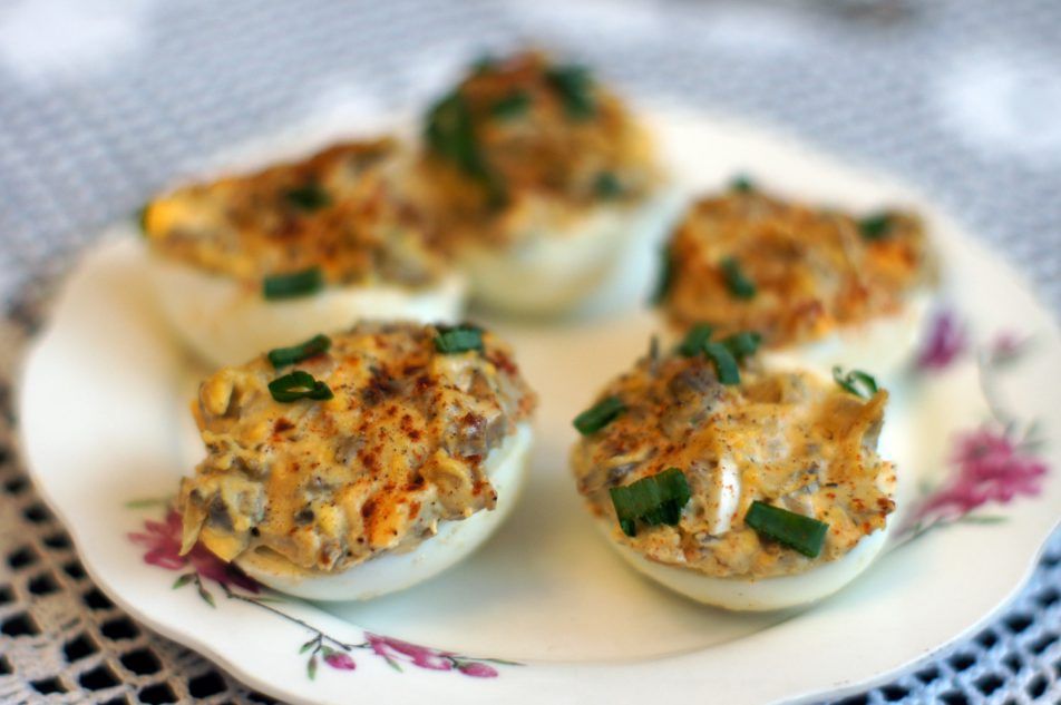 Jajka nadziewane pieczarkami