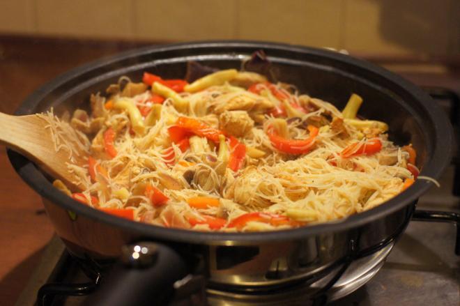 Makaron ryżowy zwarzywami